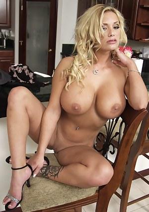 Big Tit Cougar Porn Pictures